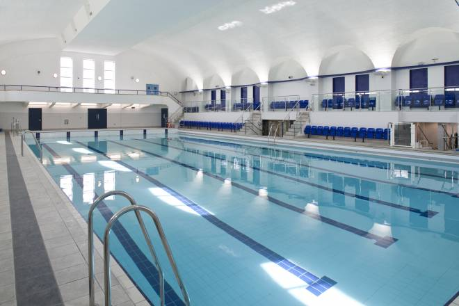 Space place for Gyms in manchester city centre with swimming pools